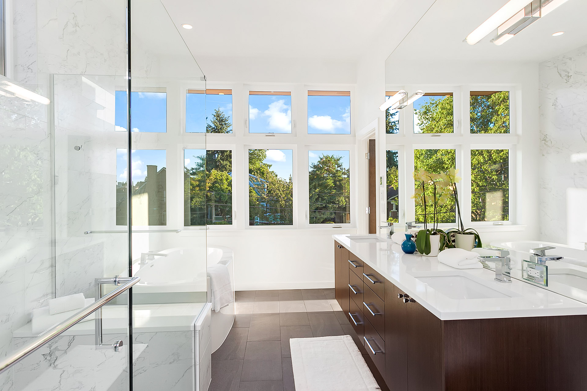 How to Photograph Bathrooms for Real Estate